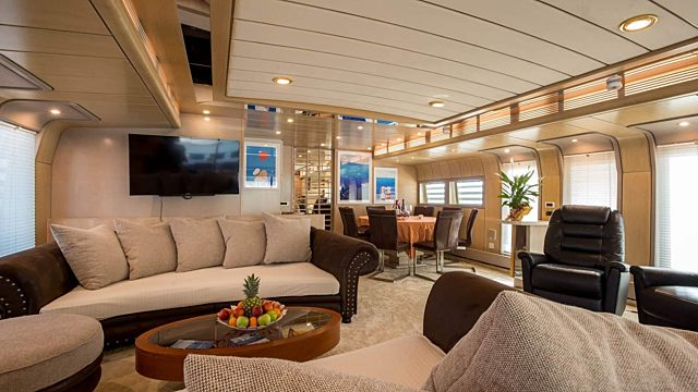 Long yacht week croatia open space interior