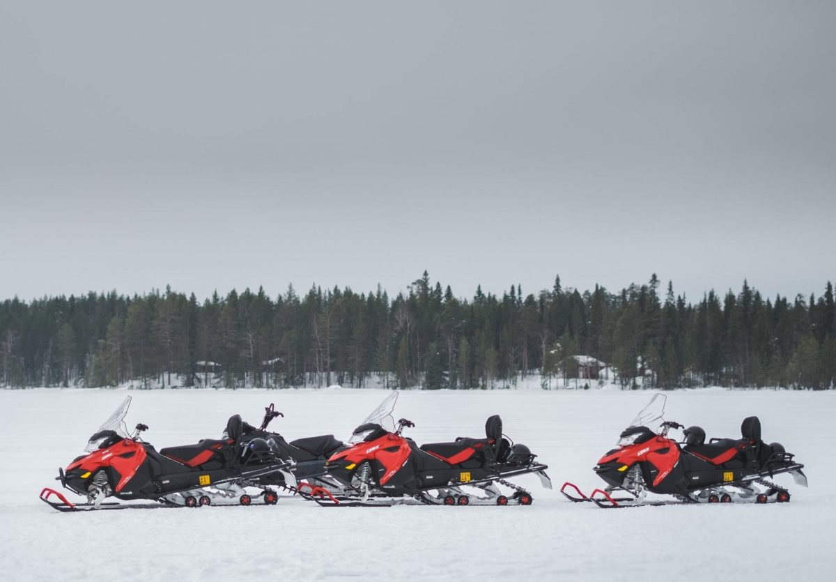 Exclusive snowmobile experience in Lapland